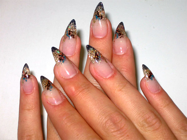 http://diva.by/i/photo/beauty/body/manicure/wint08_1-big.jpg