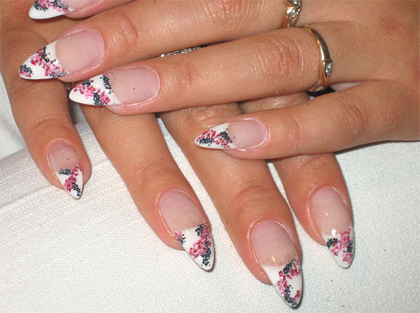 http://diva.by/i/photo/beauty/body/manicure/wint08_10-big.jpg