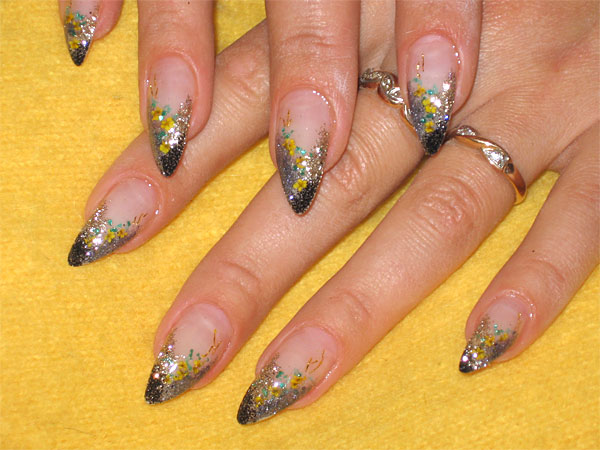 http://diva.by/i/photo/beauty/body/manicure/wint08_2-big.jpg
