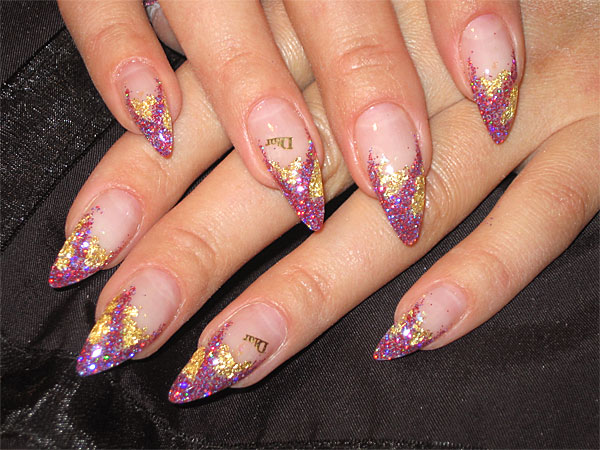 http://diva.by/i/photo/beauty/body/manicure/wint08_6-big.jpg