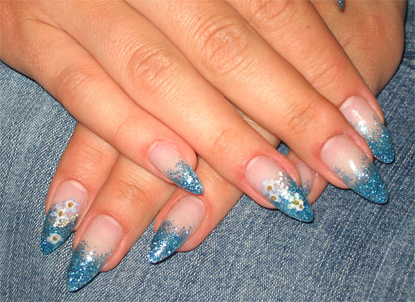 http://diva.by/i/photo/beauty/body/manicure/wint08_9-big.jpg
