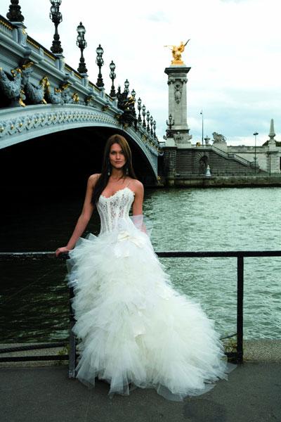 Свадебные платья, классика: Арт-Подиум, модель Catanabe